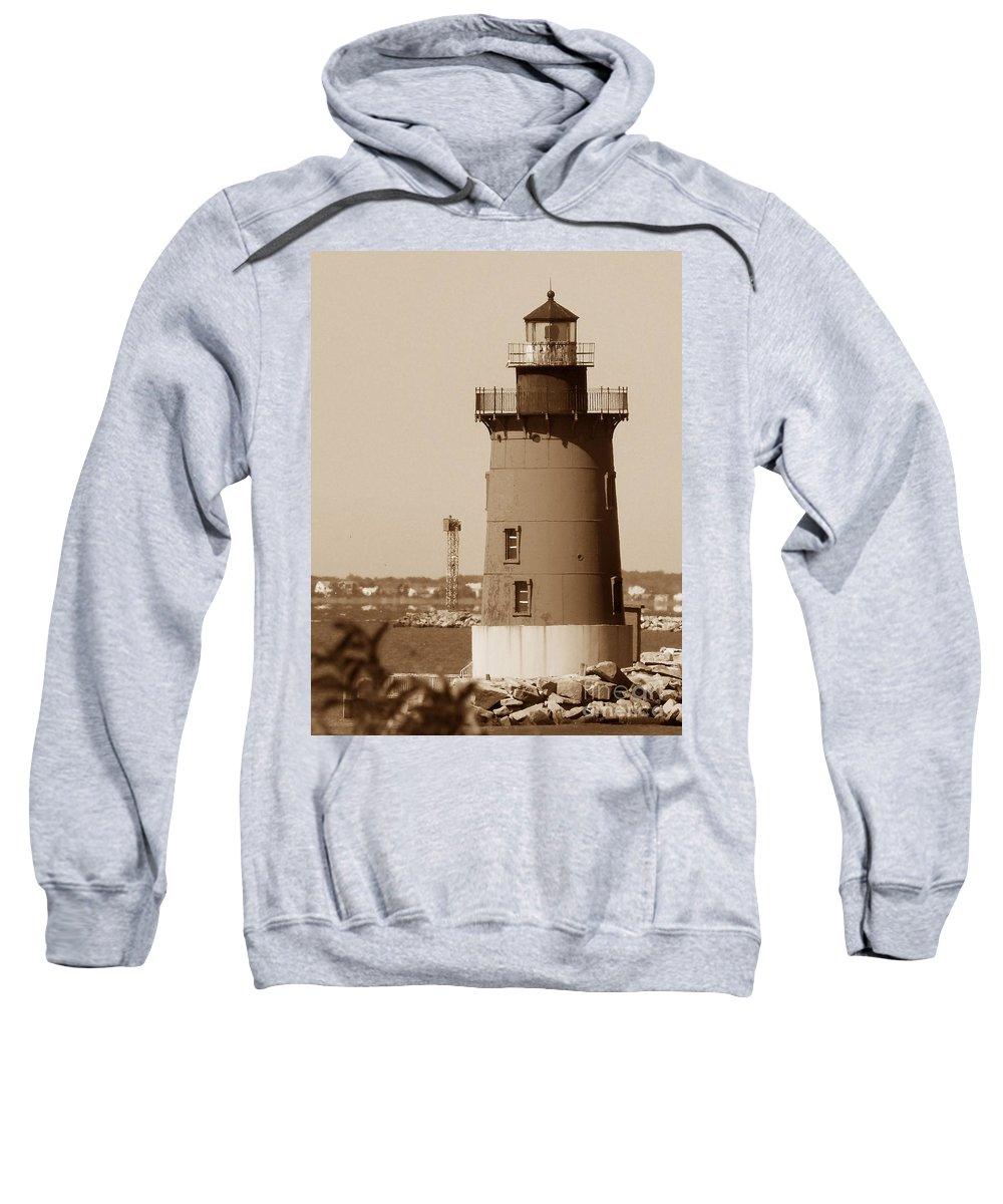 Lighthouses Sweatshirt featuring the photograph Delaware Breakwater Lighthouse by Skip Willits