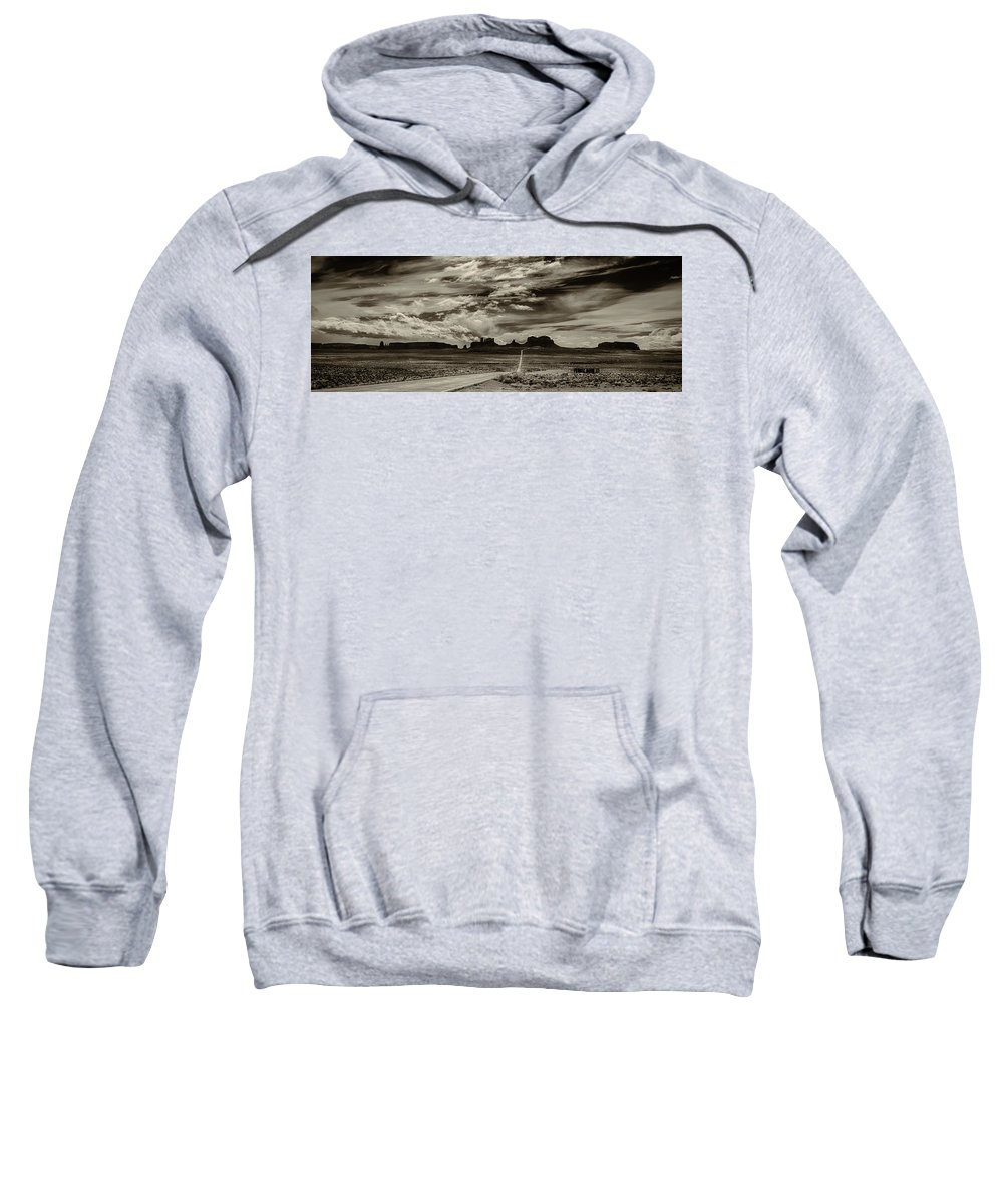 Monument Valley Ut Sweatshirt featuring the photograph Approaching Monument Valley by Ron White