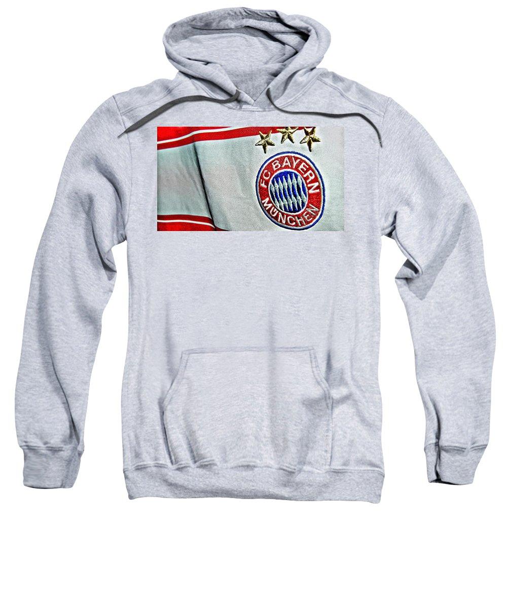 Bayern Sweatshirt featuring the painting Bayern Munchen Poster Art by Florian Rodarte