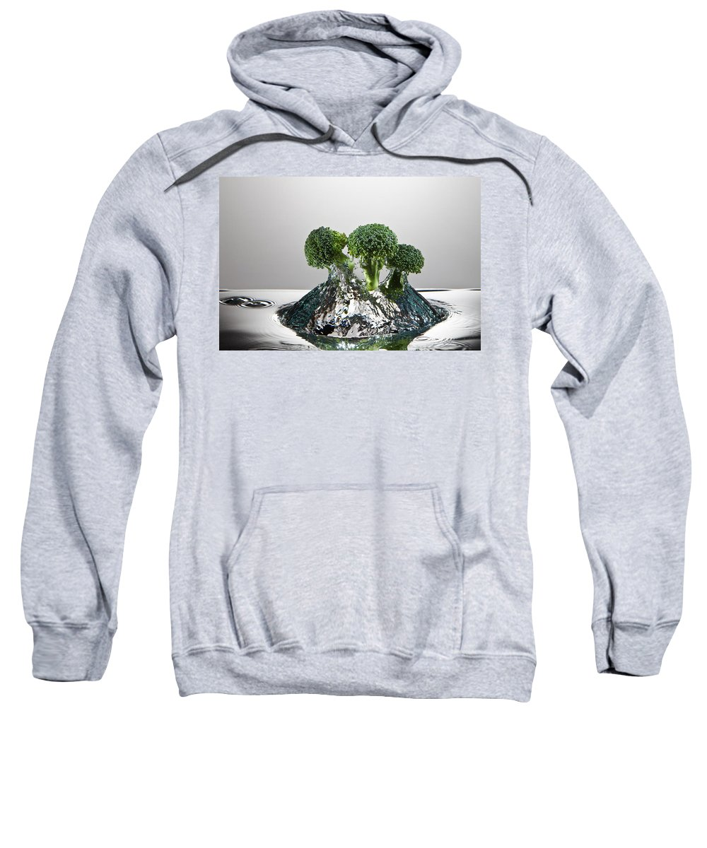 Broccoli Sweatshirt featuring the photograph Broccoli Freshsplash by Steve Gadomski