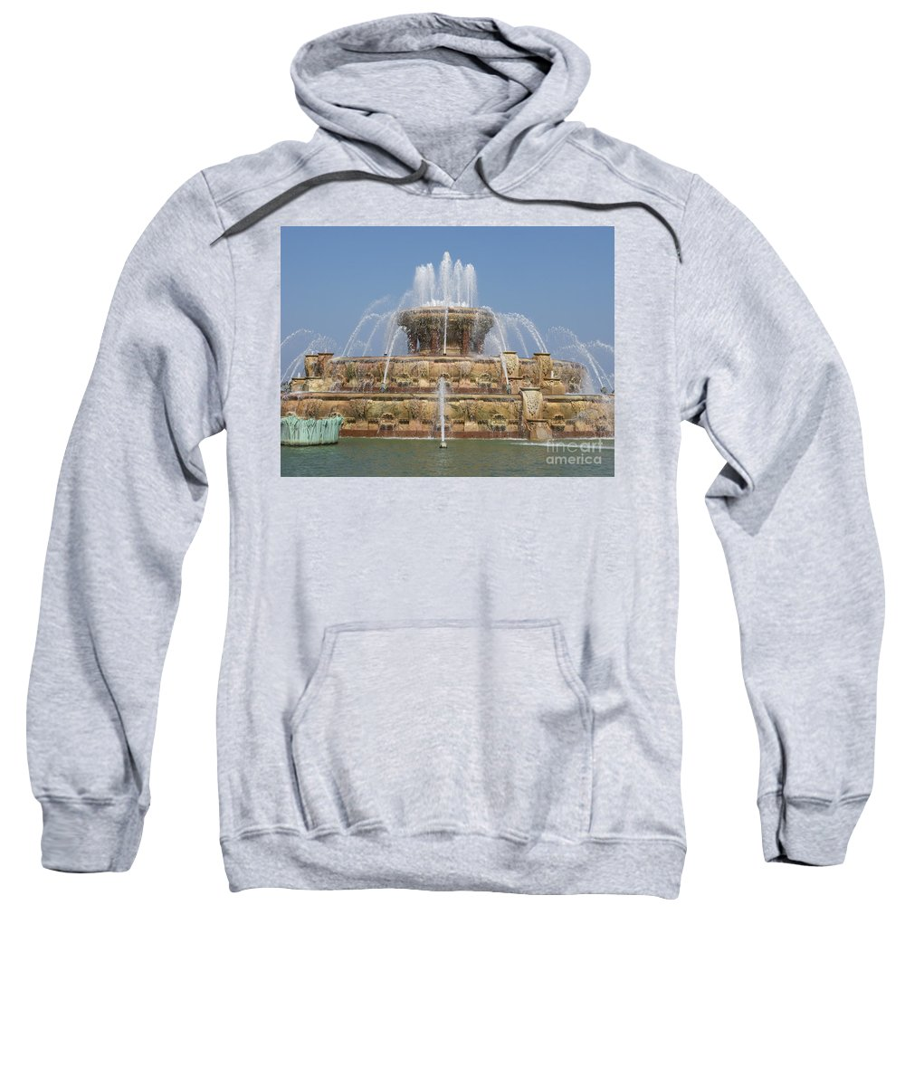 Chicago Sweatshirt featuring the photograph Buckingham Fountain - Chicago by Ann Horn