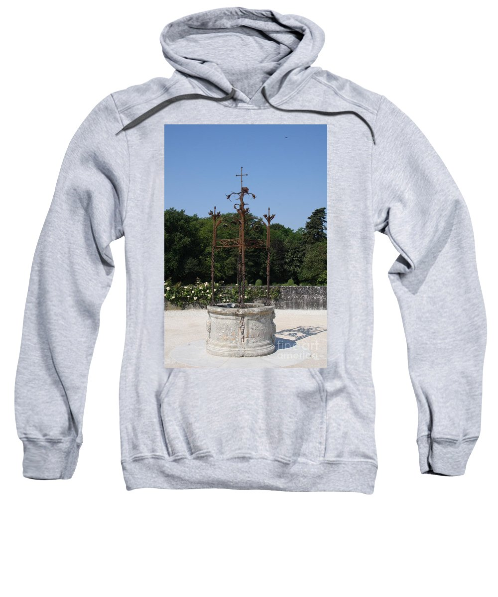 Well Sweatshirt featuring the photograph Chateau Chenonceau Well by Christiane Schulze Art And Photography
