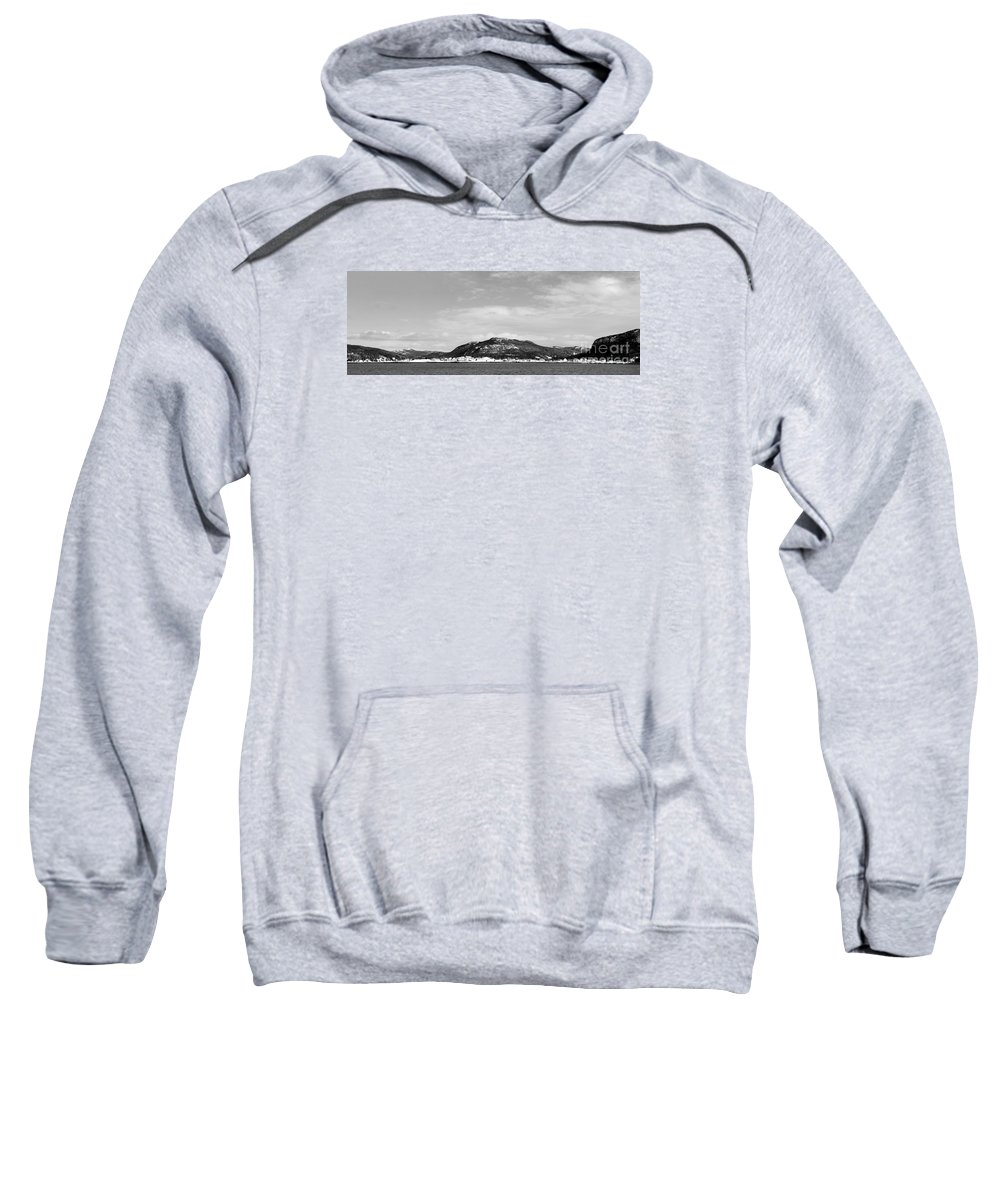 Barbara Griffin Sweatshirt featuring the photograph Cold Day In The Harbour by Barbara Griffin