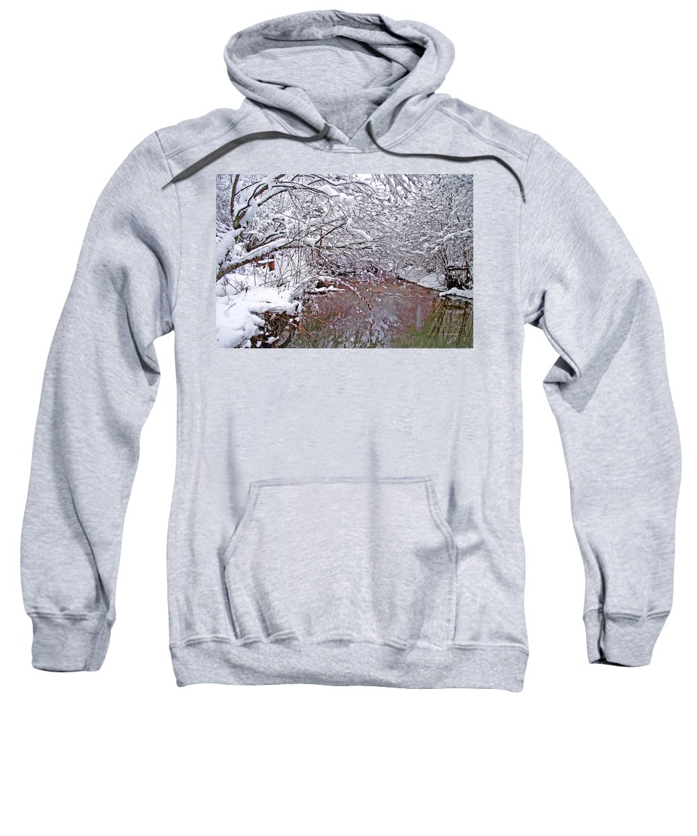 Landscapes Sweatshirt featuring the photograph Creekside In The Snow 2 by Duane McCullough