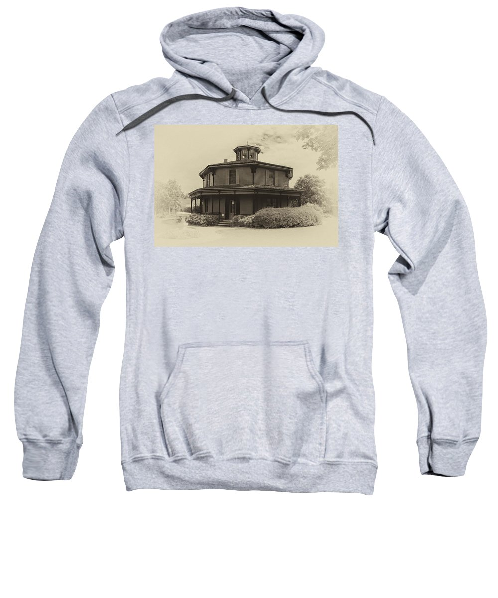 Guy Whiteley Photography Sweatshirt featuring the photograph Octagon House 17739b by Guy Whiteley