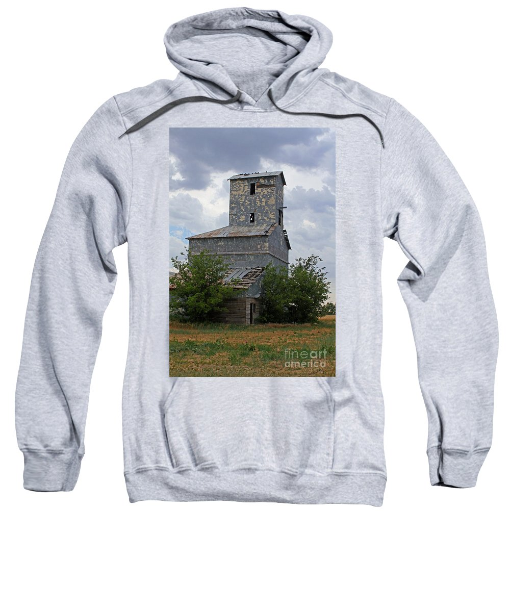 Texas Sweatshirt featuring the photograph Roadside Barn by Ashley M Conger