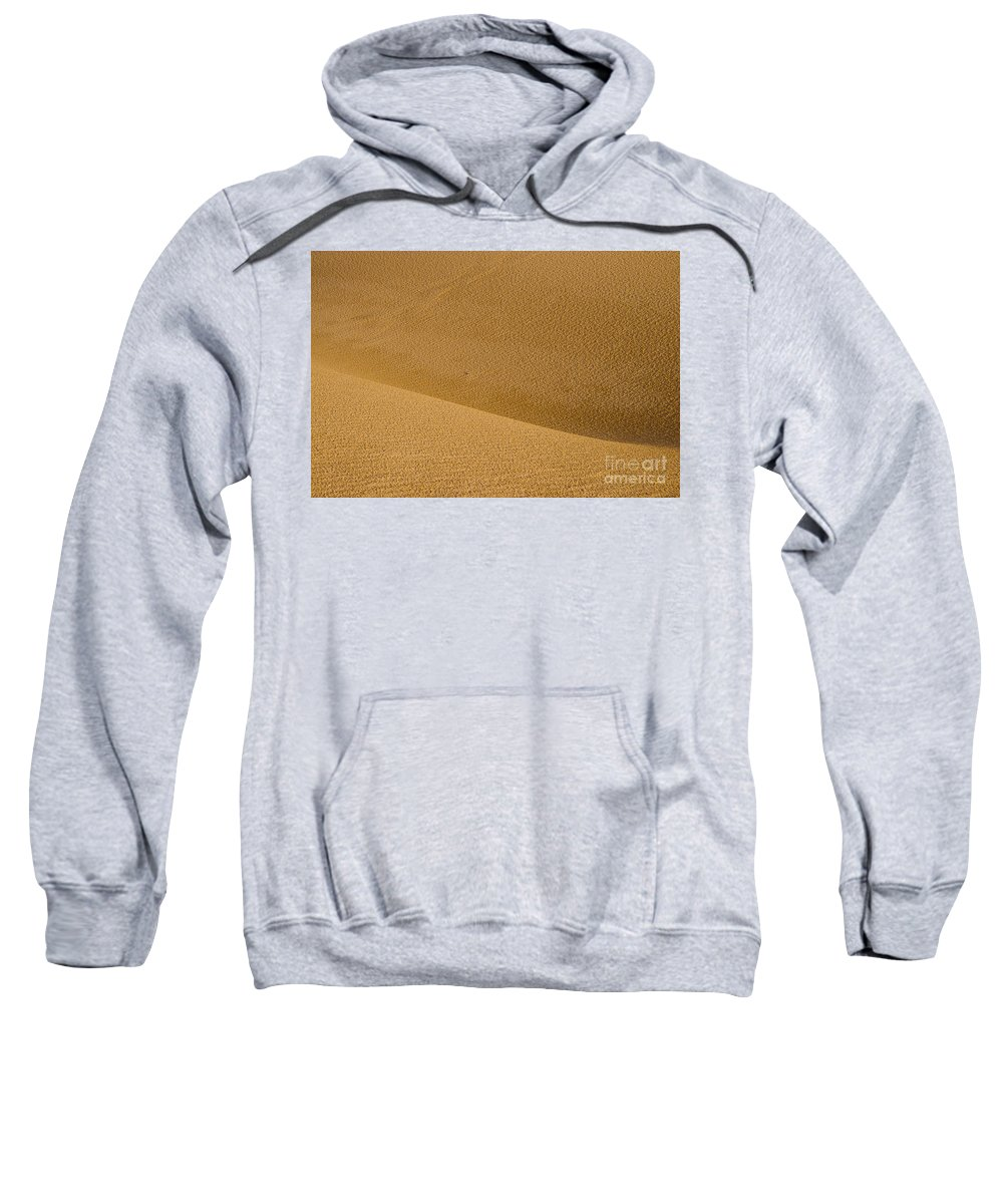 Monahans Sand Dunes State Park Texas Parks Desert Deserts Color Dune Desertscape Desertscapes Landscape Landscapes Nature Texture Textures Sweatshirt featuring the photograph Sand Curves by Bob Phillips