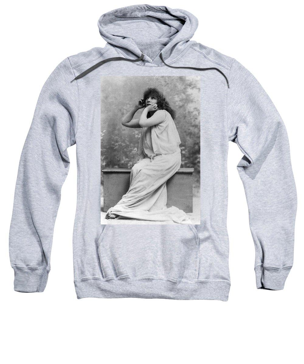1896 Sweatshirt featuring the photograph Sarah Bernhardt (1844-1923) by Granger
