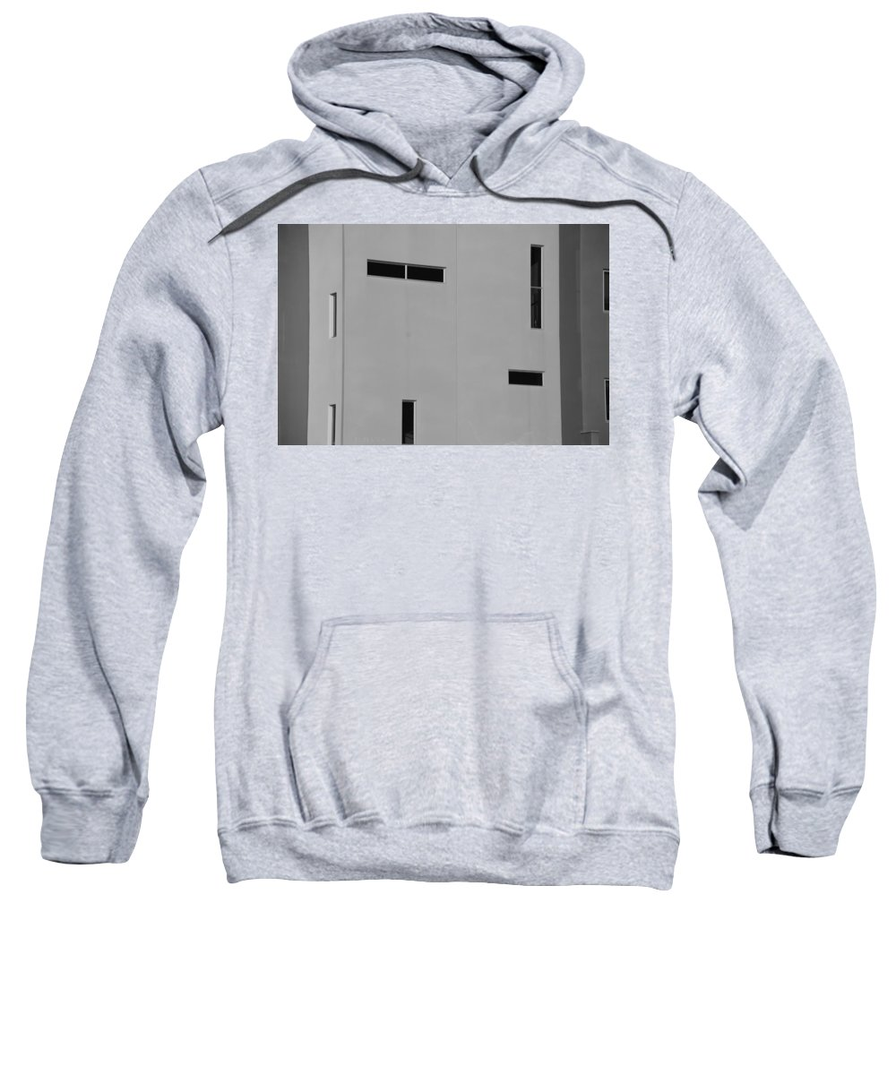 Architecture Sweatshirt featuring the photograph Qw School In Black And White by Rob Hans