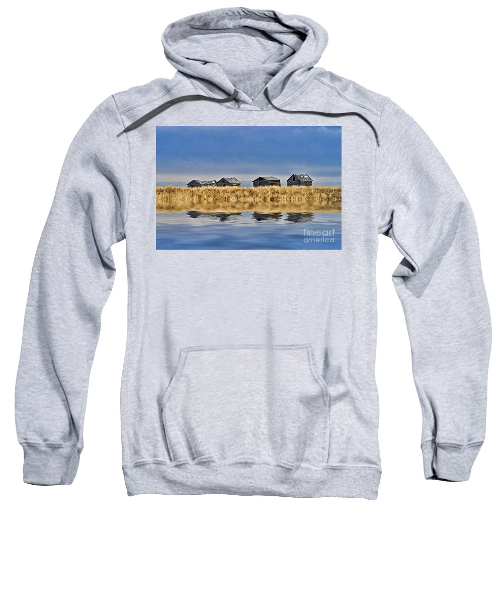 Landscapes Sweatshirt featuring the photograph Casc8480-11 by Randy Harris