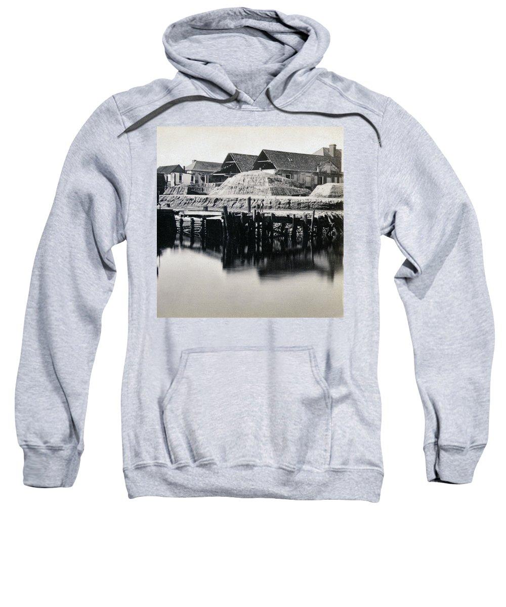 Vanderhorst Sweatshirt featuring the photograph Charleston South Carolina - Vanderhorst Wharf - C 1865 by International Images