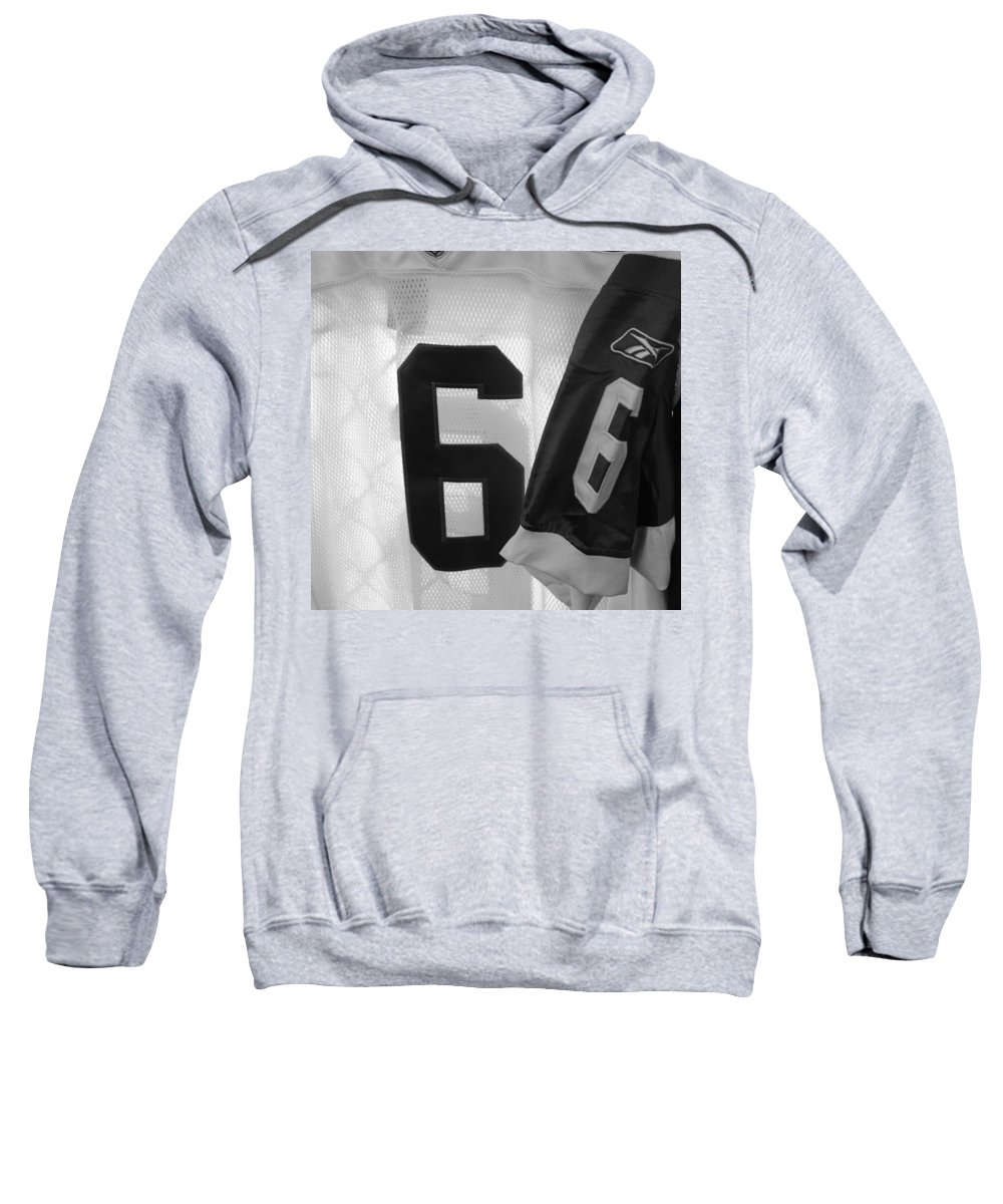 New York Jets Jersey Sweatshirt featuring the photograph Jets Number 6 by Rob Hans