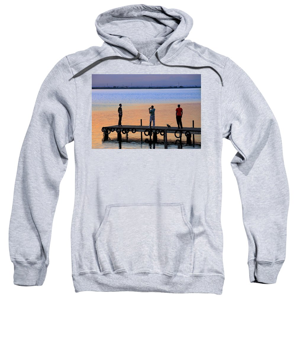 La Albufera Lagoon Sweatshirt featuring the photograph Photographing The Sunset by Juan Carlos Ferro Duque