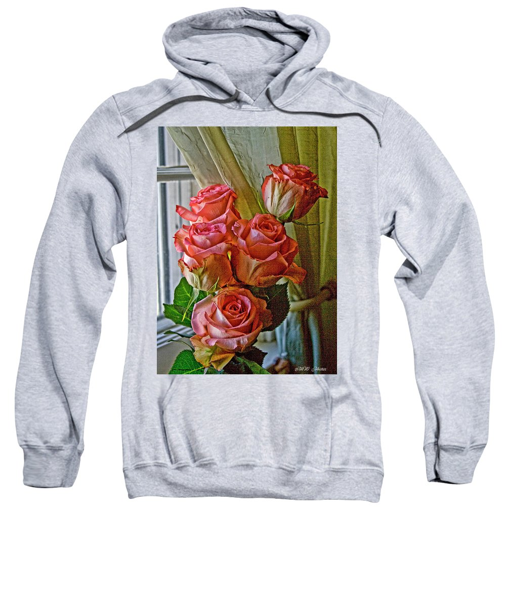 Roses Sweatshirt featuring the photograph Cindy's Roses by Bonnie Willis