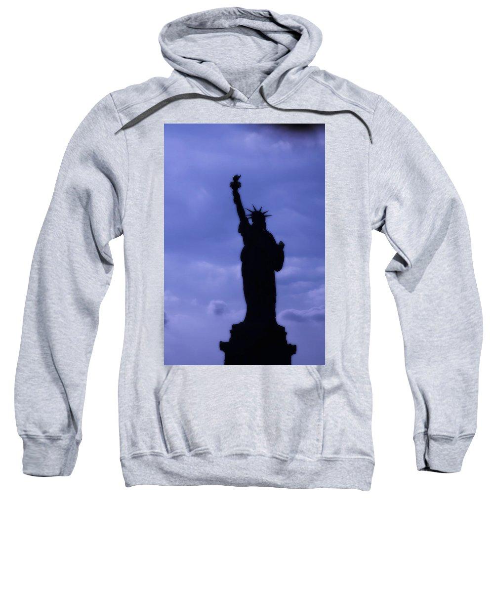 International Landmark Sweatshirt featuring the photograph Empire State Building by Richard Nowitz