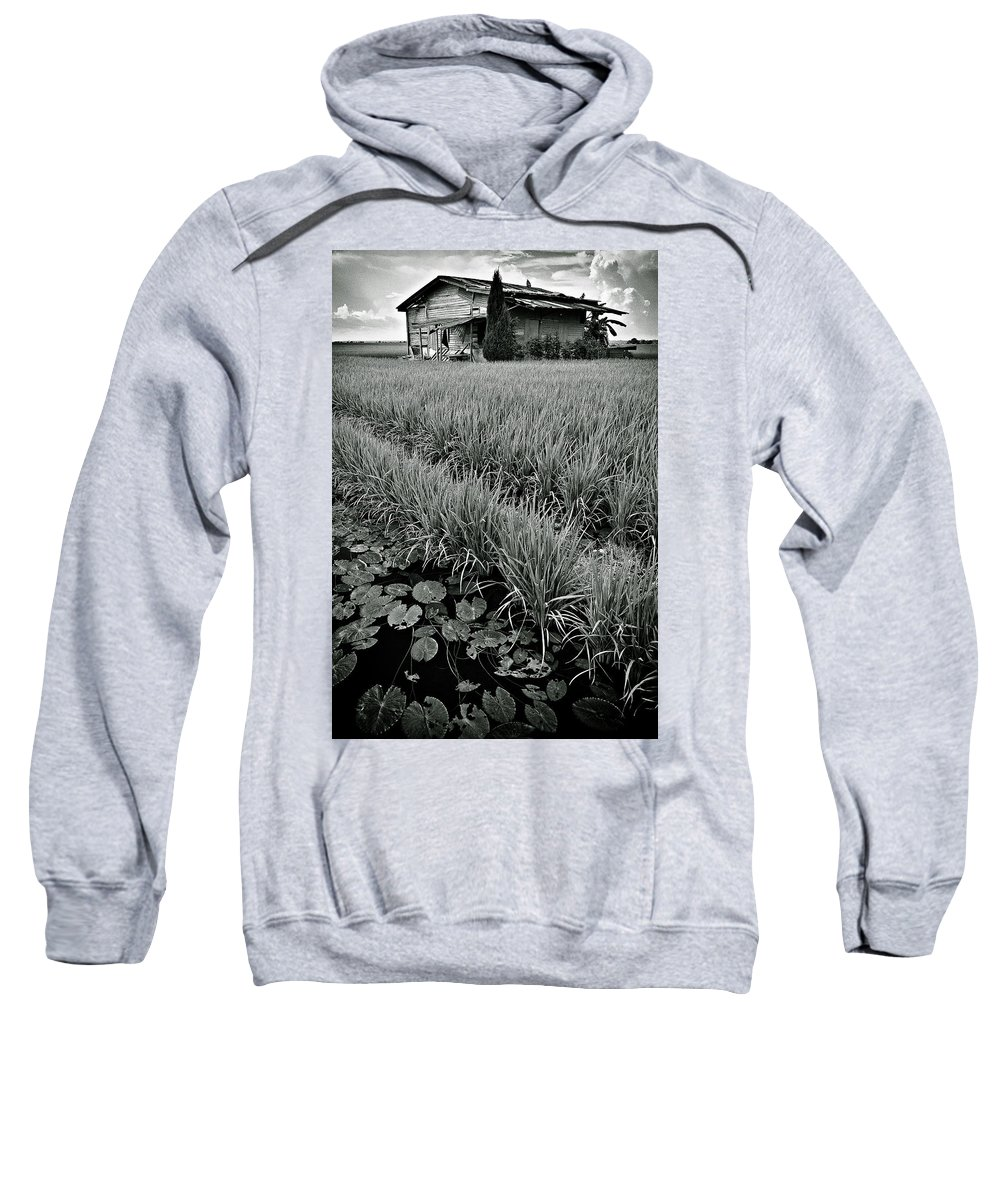 House Sweatshirt featuring the photograph Abandoned House by Dave Bowman