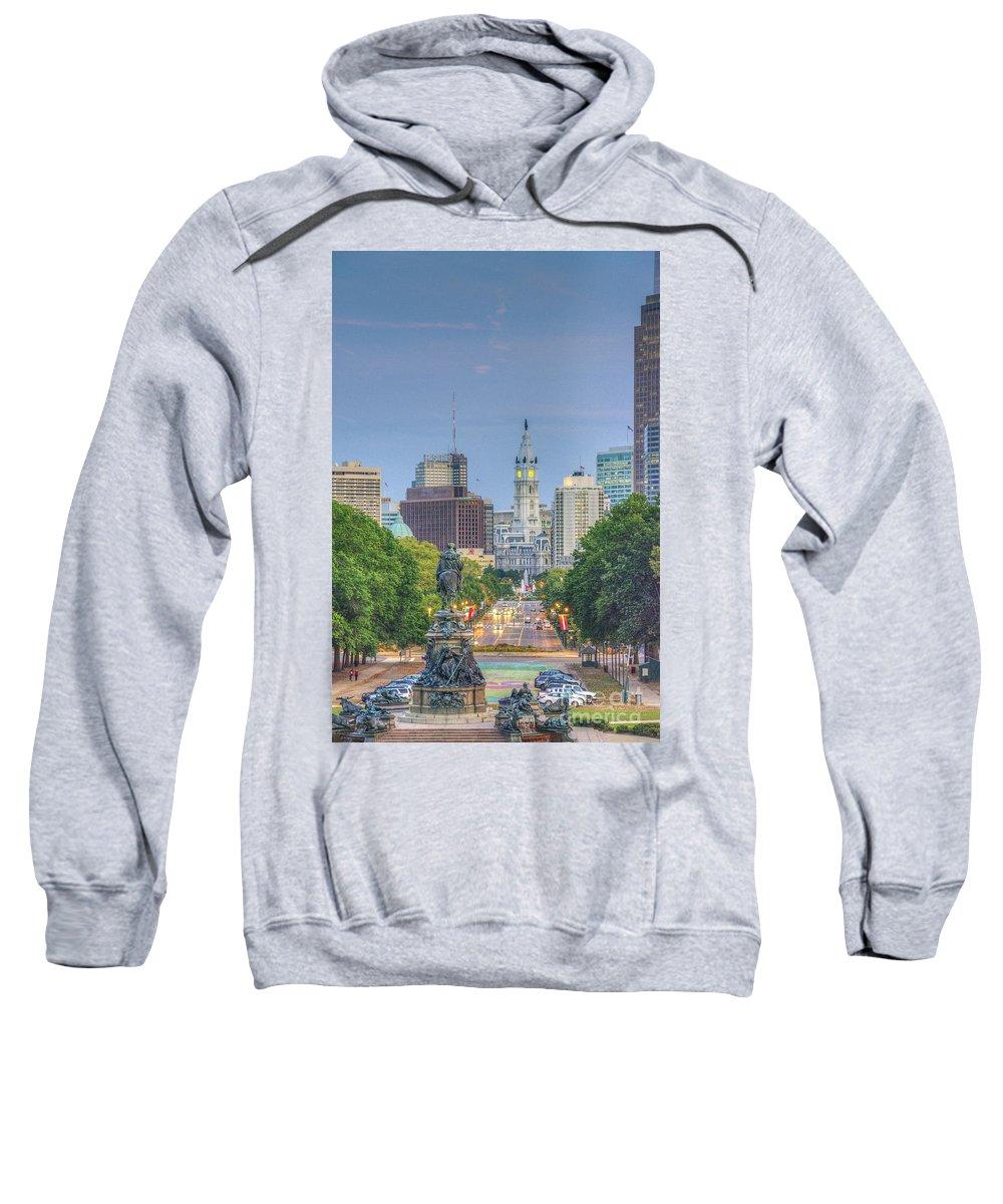Philadelphia City Hall Sweatshirt featuring the photograph Benjamin Franklin Parkway City Hall Vertical by David Zanzinger