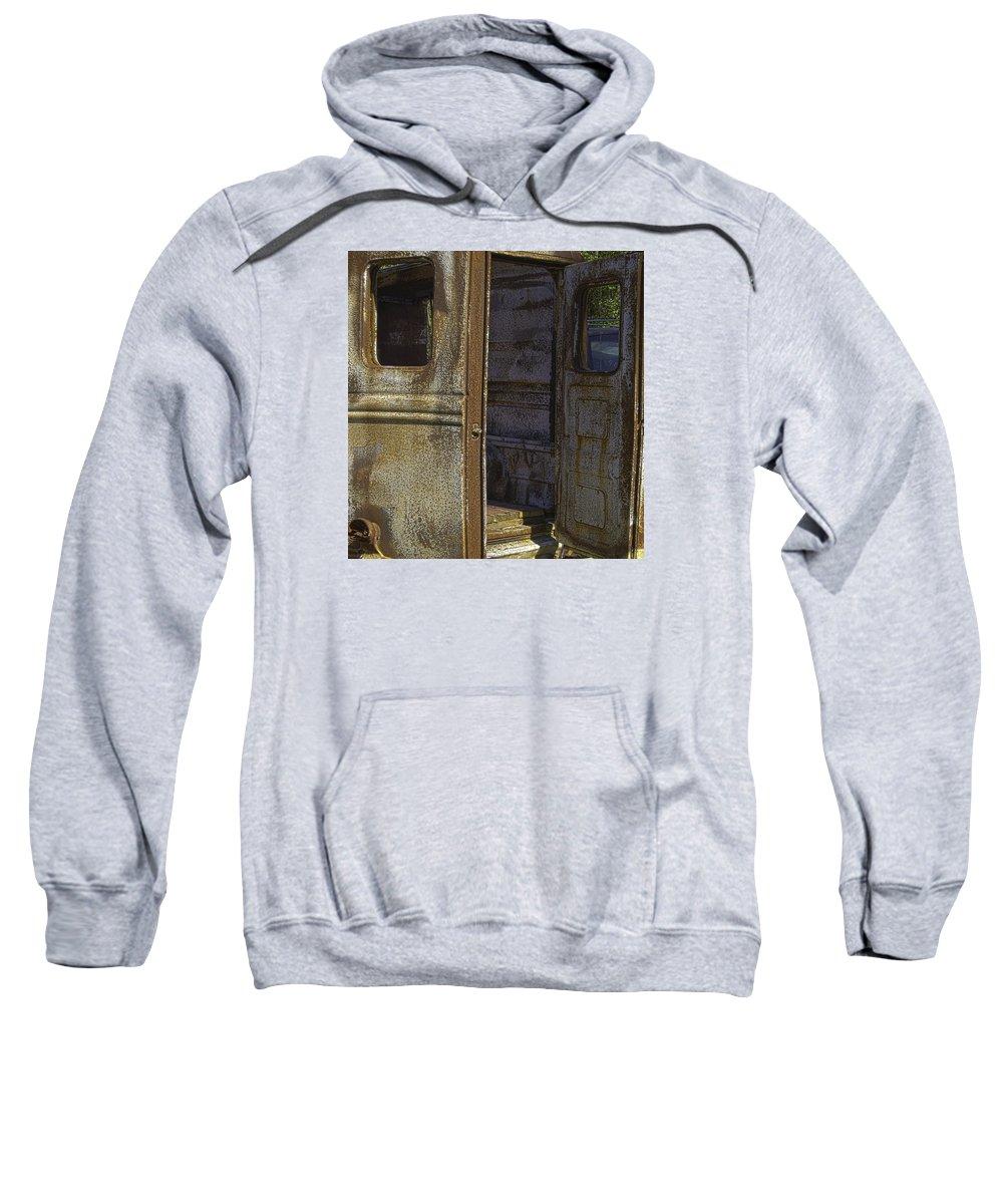 Georgia Sweatshirt featuring the photograph Come On In by Elizabeth Eldridge