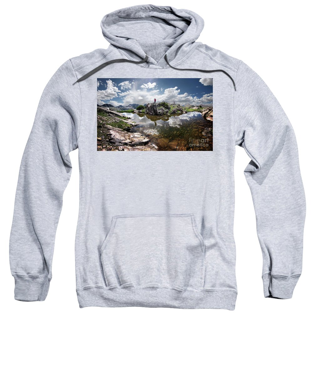 Weminuche Wilderness Sweatshirt featuring the photograph Continental Divide Above Twin Lakes 5 - Weminuche Wilderness by Bruce Lemons