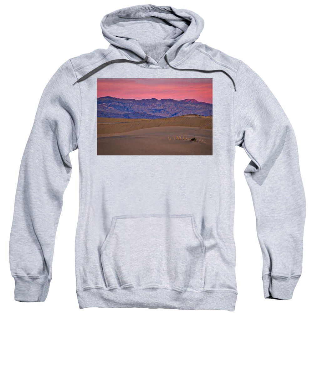 California Sweatshirt featuring the photograph Dawn At Mesquite Flat #3 - Death Valley by Stuart Litoff