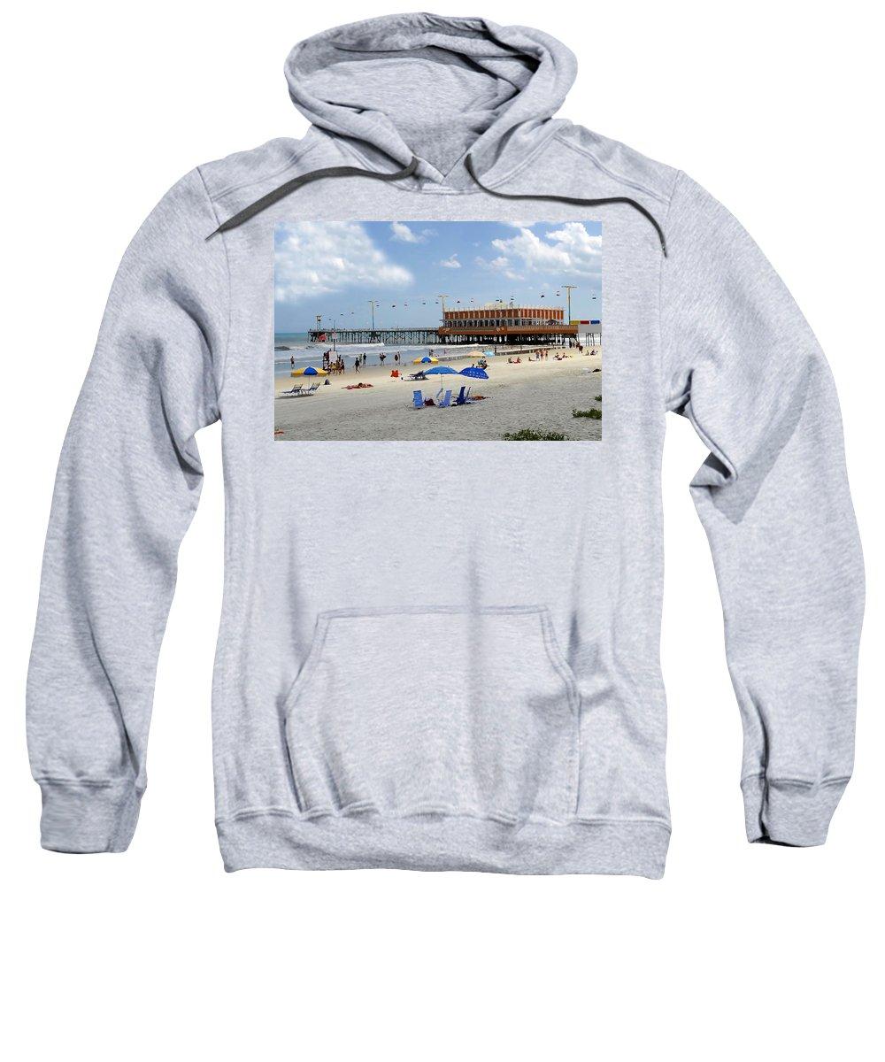 Daytona Beach Florida Sweatshirt featuring the photograph Daytona Beach Pier by David Lee Thompson
