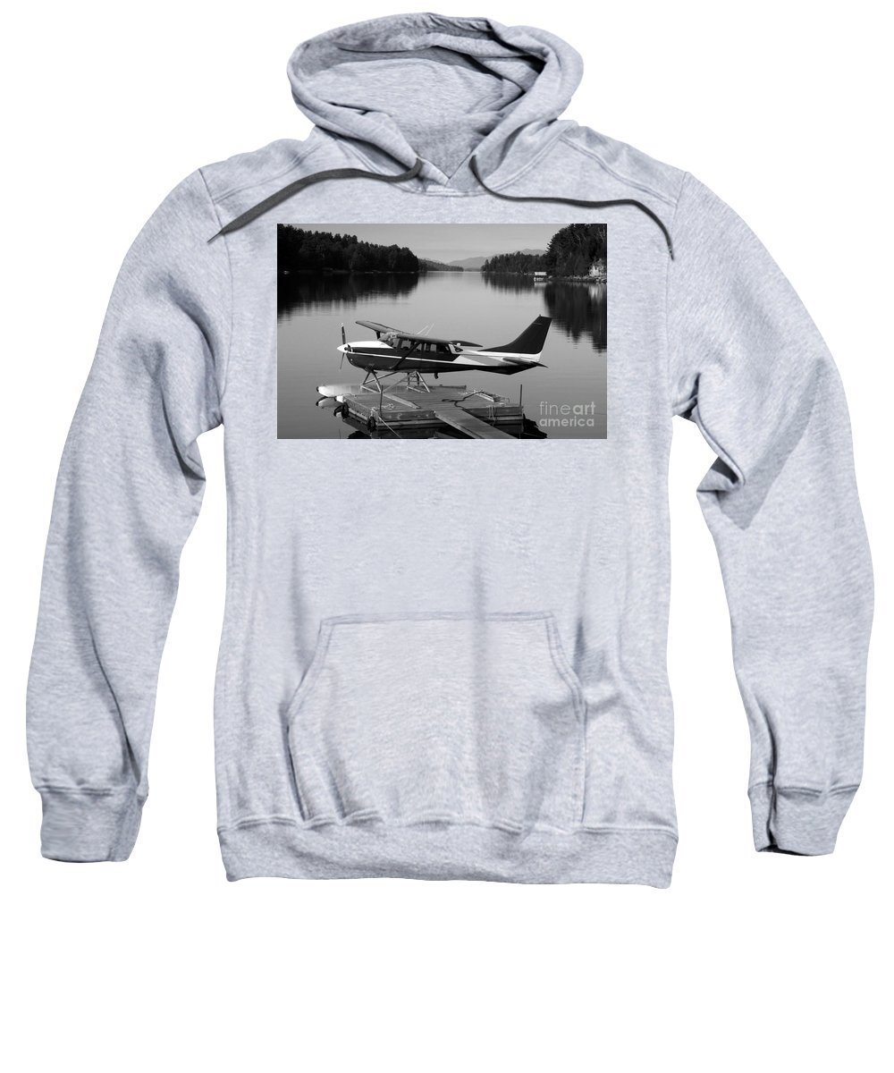 Float Plane Sweatshirt featuring the photograph Getting Away by David Lee Thompson