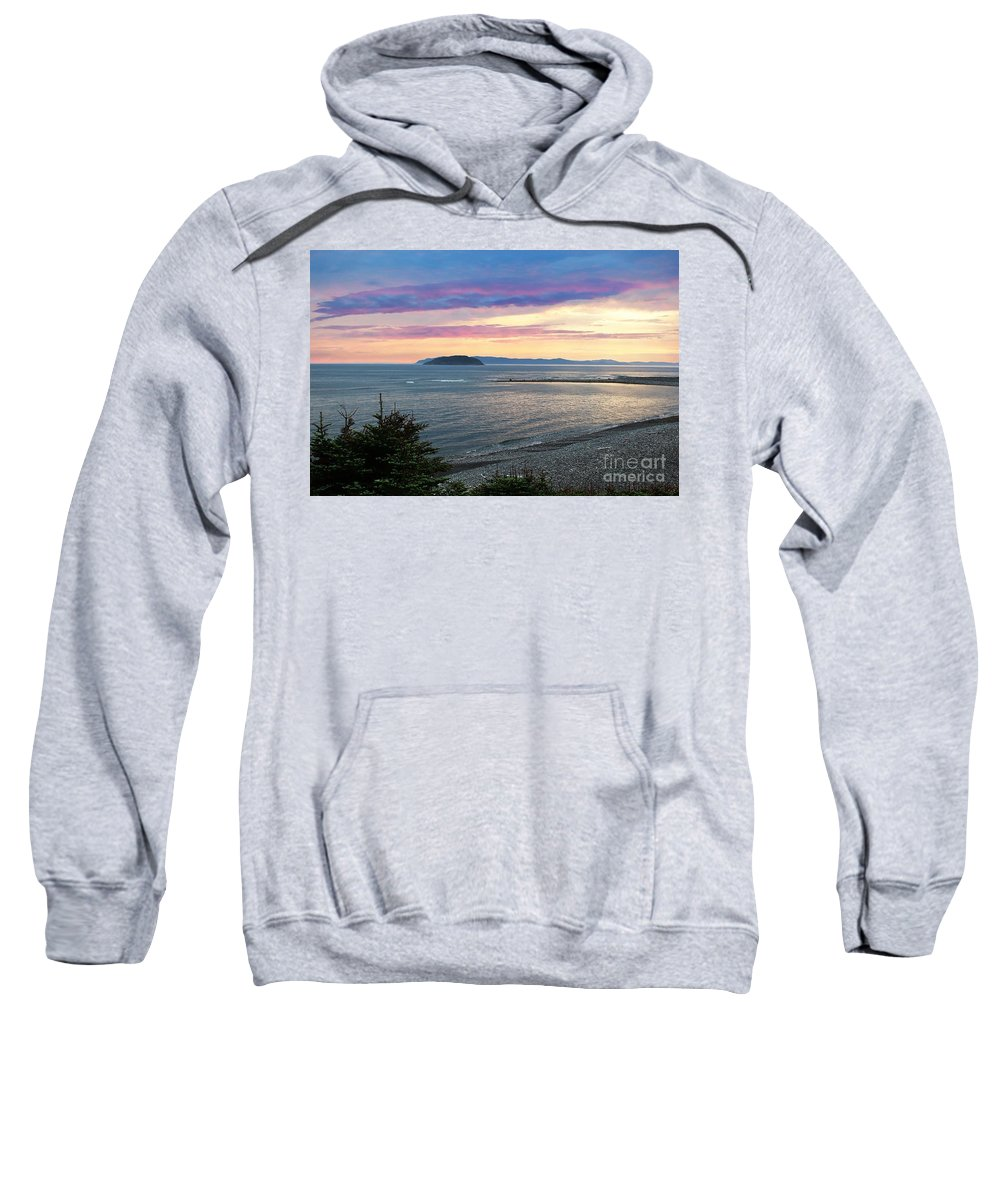 Barbara Griffin Sweatshirt featuring the photograph Hazy Evening Sunset by Barbara Griffin