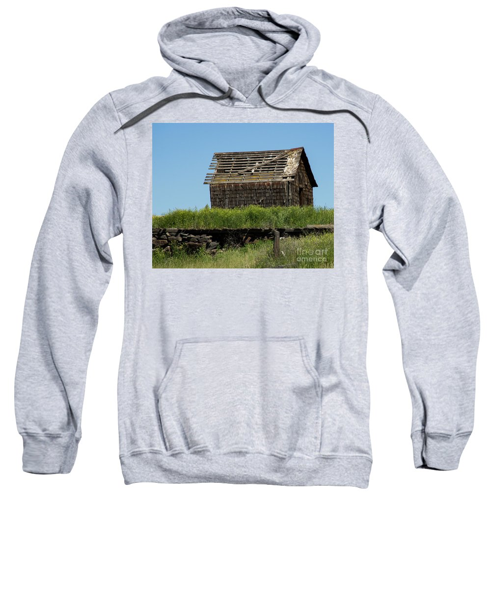 Farm Sweatshirt featuring the photograph Hwy 2-3268 by Roger Patterson