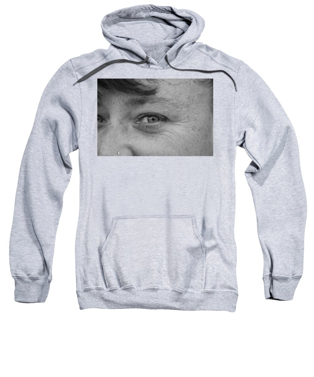 Black And White Sweatshirt featuring the photograph I See You by Rob Hans