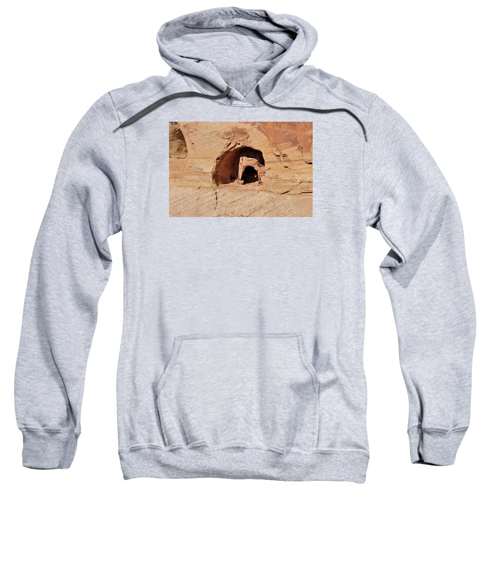 Canyon De Chelly Sweatshirt featuring the photograph Indian Dwelling Canyon De Chelly by David Arment