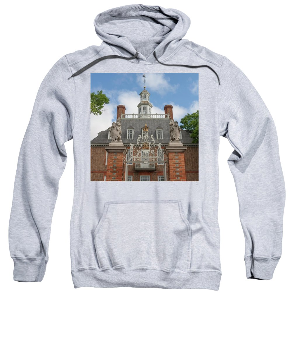 Colonial Williamsburg Sweatshirt featuring the photograph Lion And Unicorn by Teresa Mucha