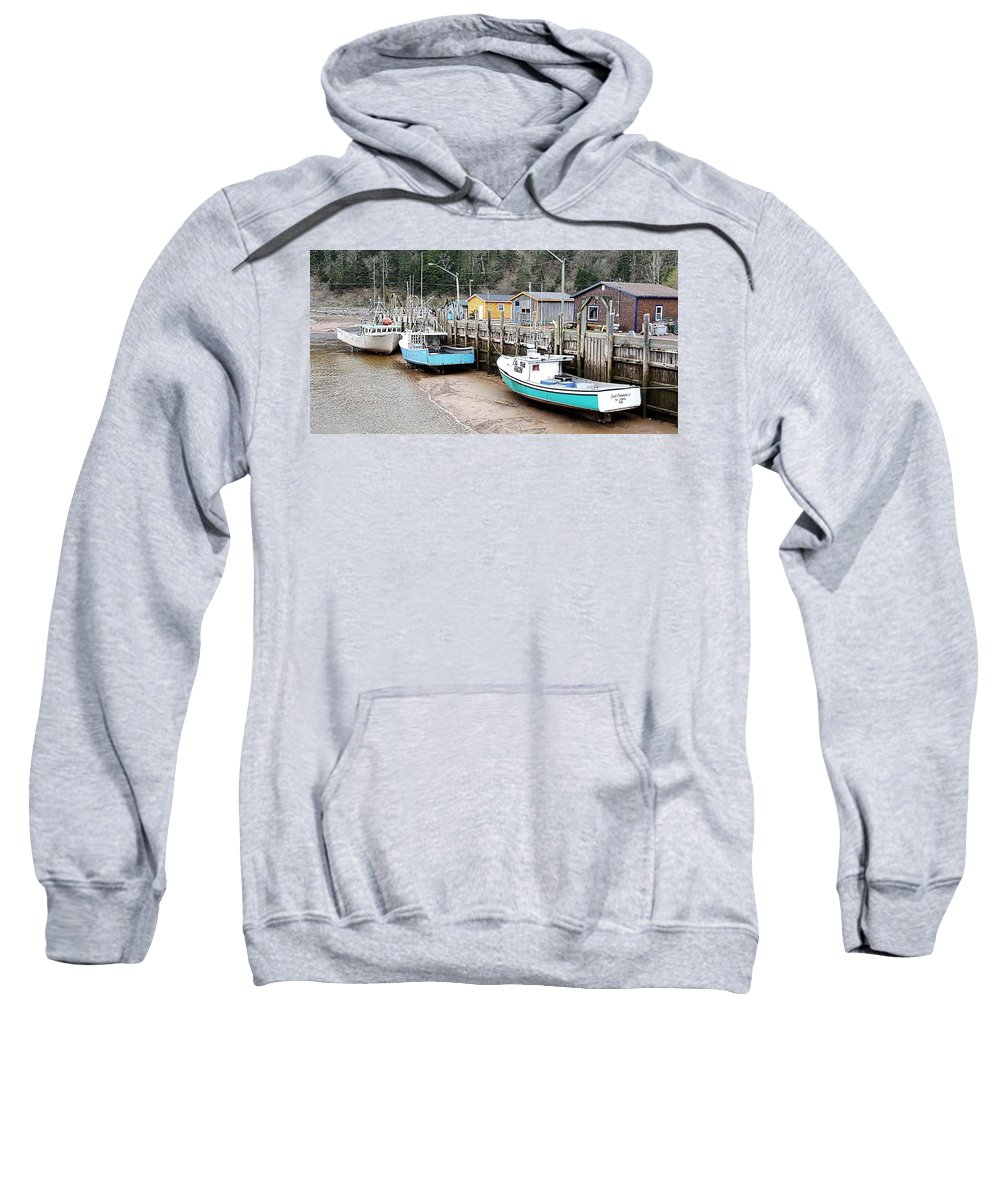 Sea Sweatshirt featuring the photograph Low Tide In St. Martins by Michael Graham