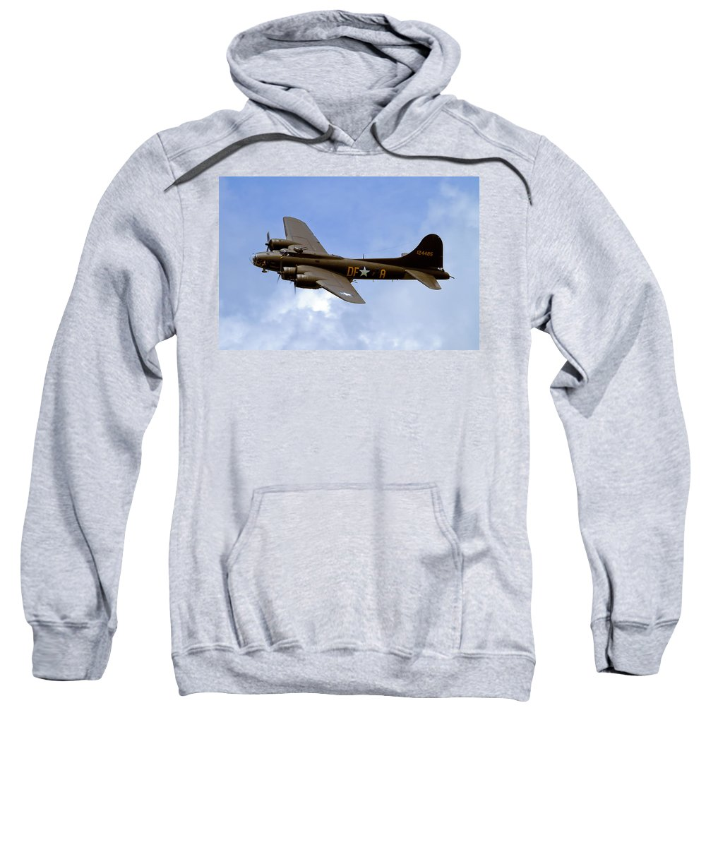 B-17 Sweatshirt featuring the photograph Memphis Belle by Bill Lindsay
