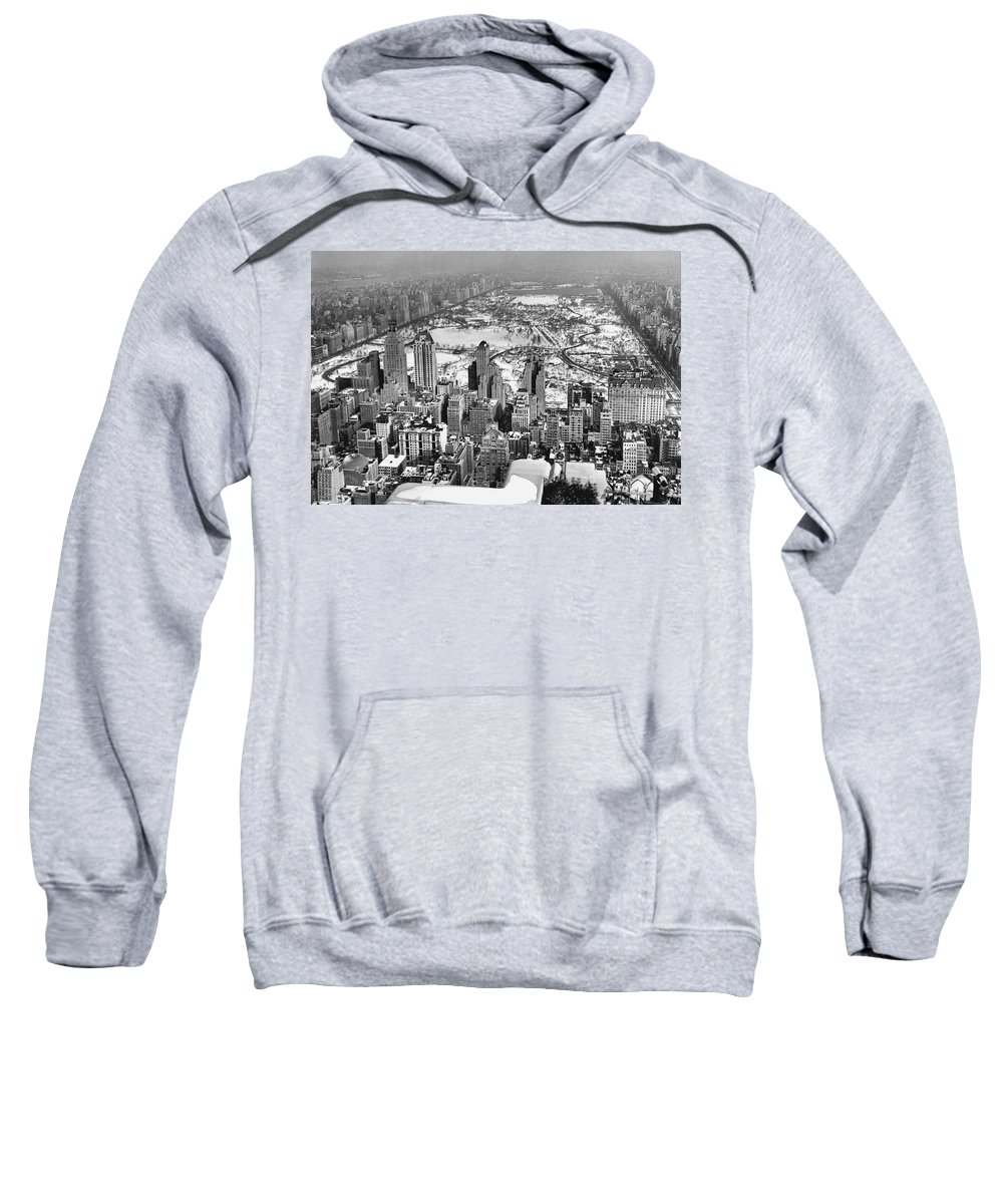 1930s Sweatshirt featuring the photograph Midtown And Central Park View by Underwood Archives