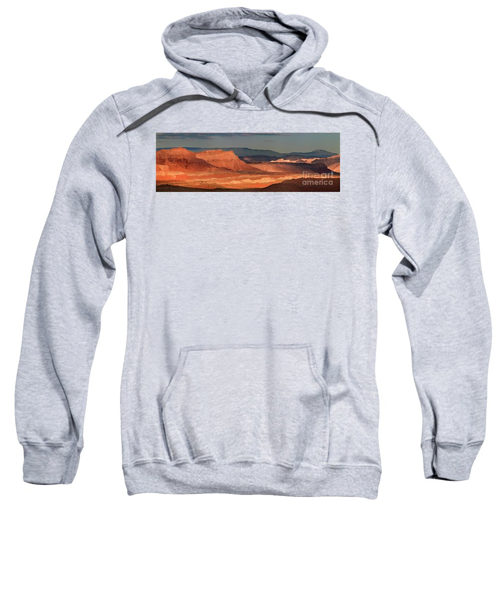 North America Sweatshirt featuring the photograph Panorama Dawn Light On The San Rafael Swell Utah by Dave Welling