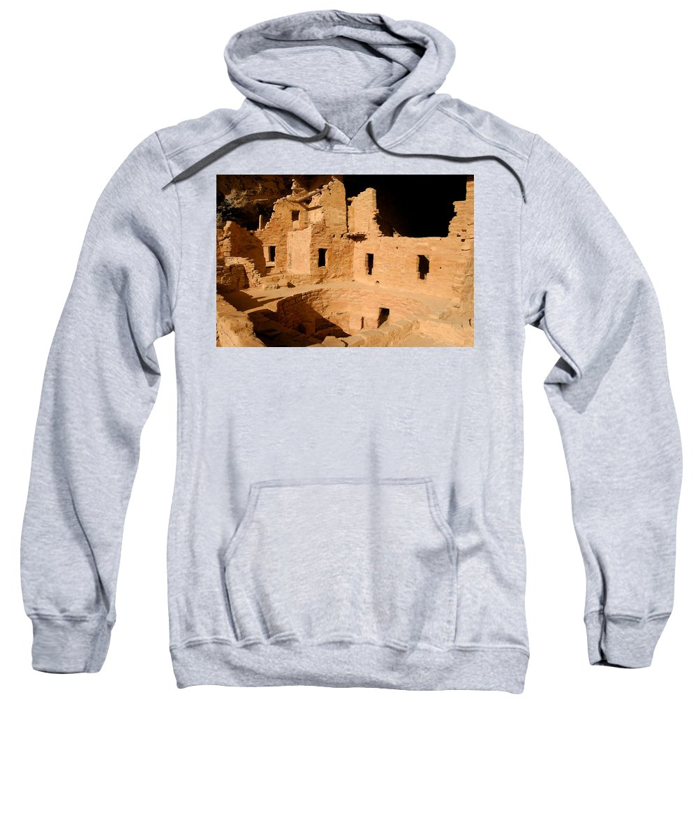 Mesa Verde National Park Sweatshirt featuring the painting Place Of The Old Ones by David Lee Thompson