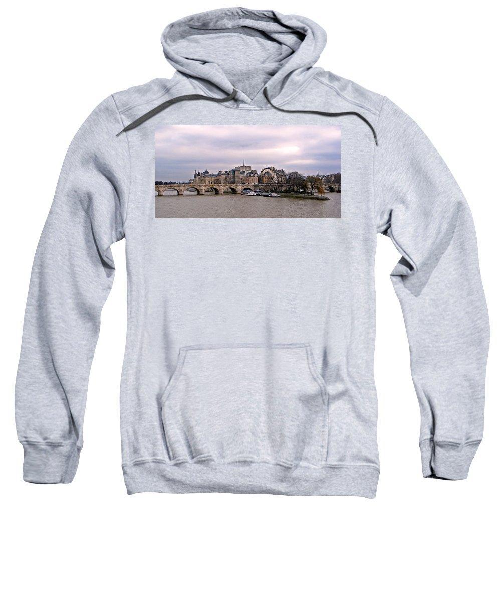 Paris Sweatshirt featuring the photograph Pont Neuf In Paris by David Pringle