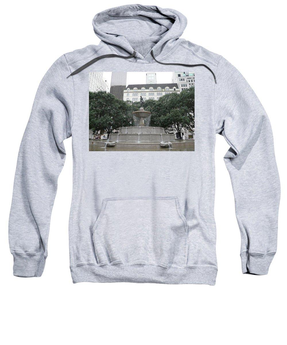 New York Sweatshirt featuring the photograph Pulitzer Fountain by Valerie Ornstein