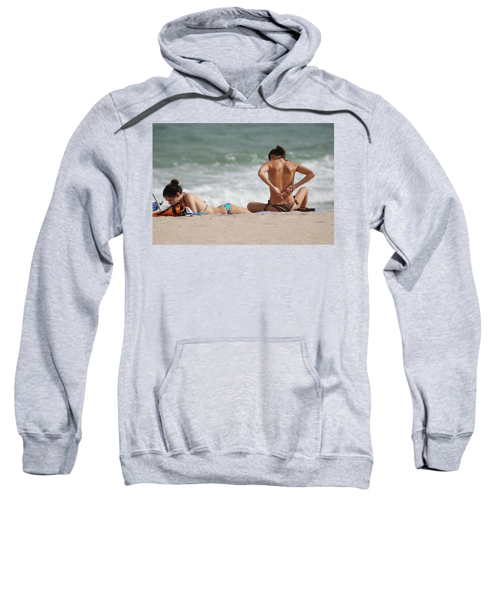 Sea Scape Sweatshirt featuring the photograph Reading And Bow Tie by Rob Hans