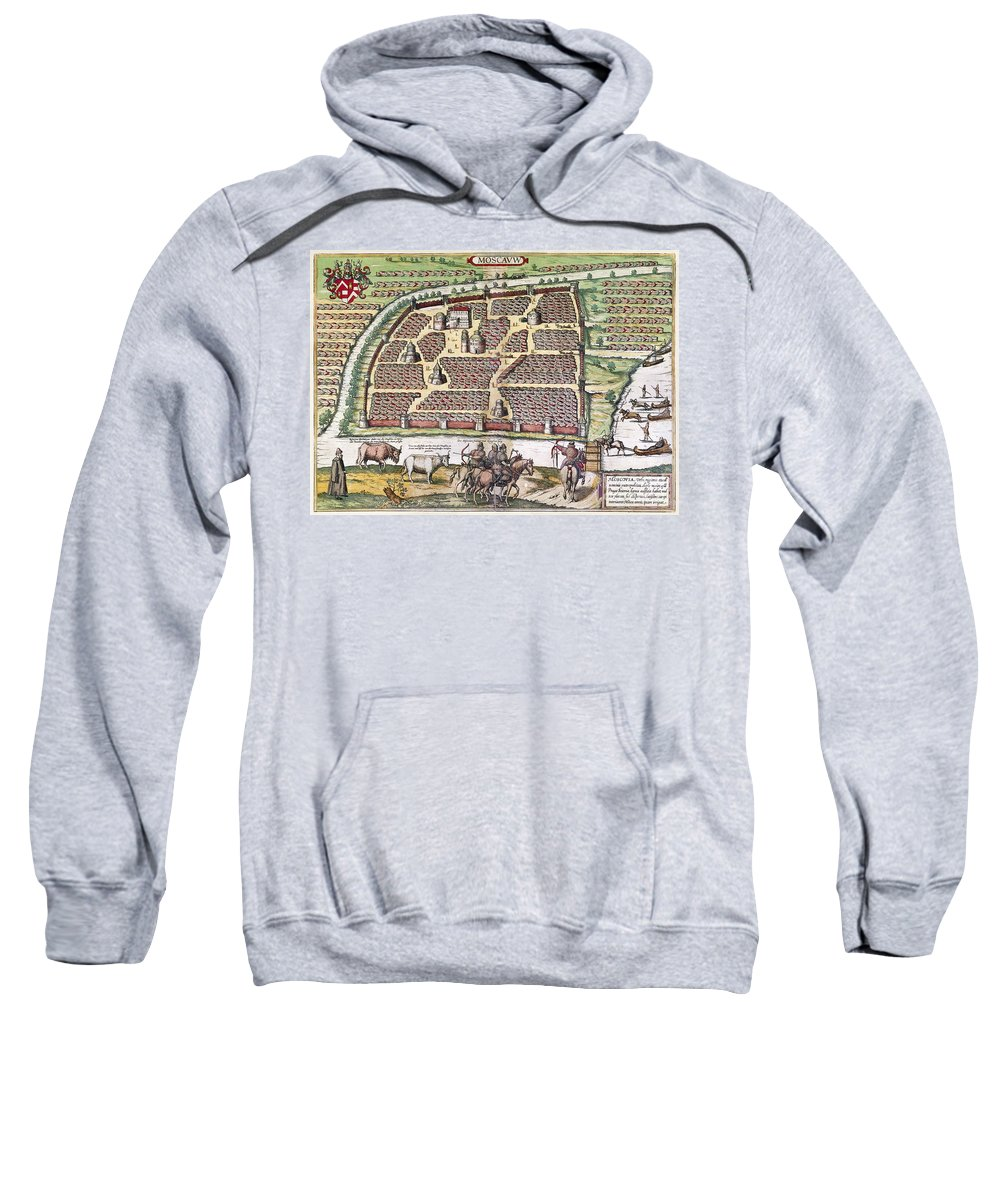 1591 Sweatshirt featuring the photograph Russia: Moscow, 1591 by Granger