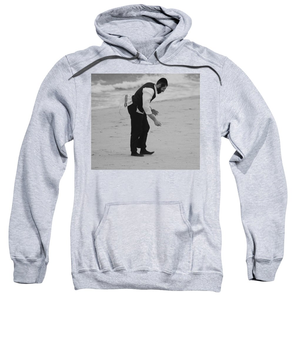 Black And White Sweatshirt featuring the photograph The Search by Rob Hans