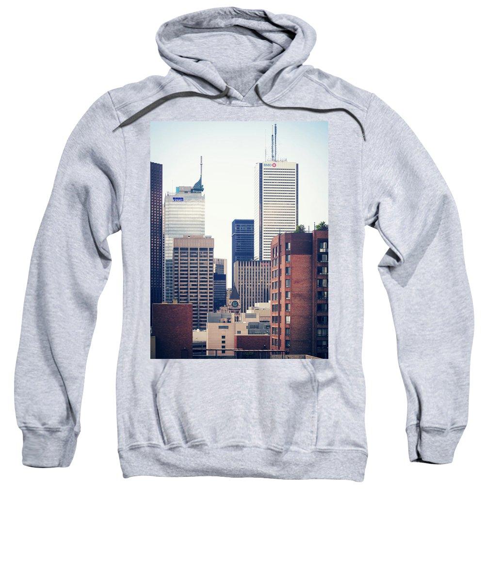 Toronto Sweatshirt featuring the photograph Toronto - Skyline by Alexander Voss