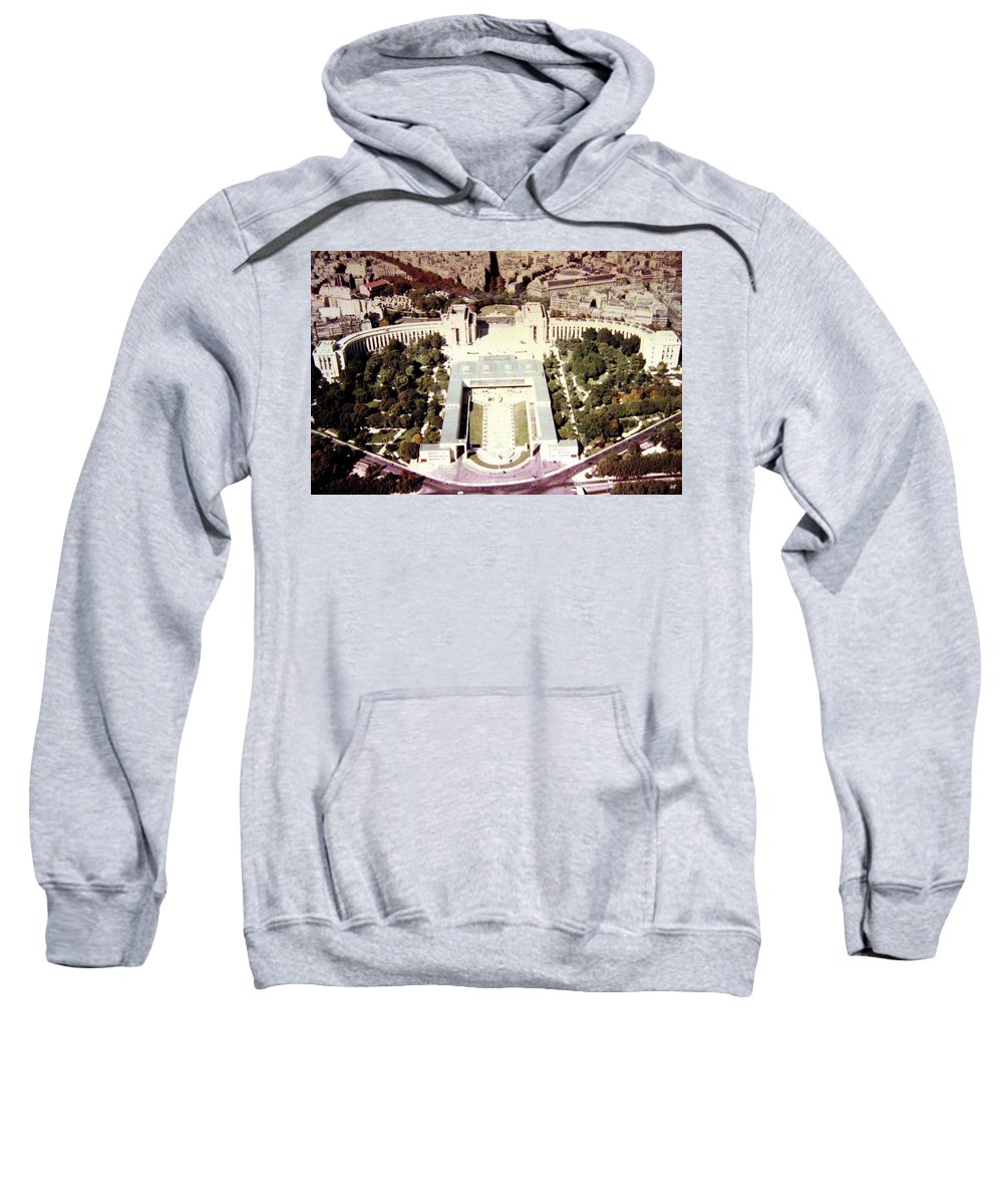 1955 Sweatshirt featuring the photograph Trocadero Palais De Chaillot 1955 by Will Borden