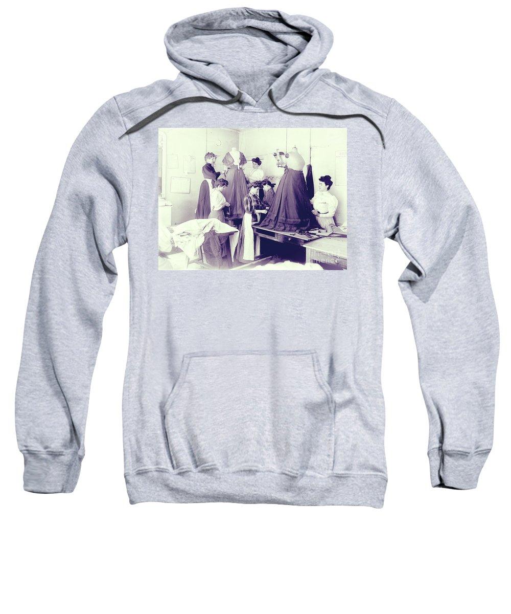 Modiste Sweatshirts
