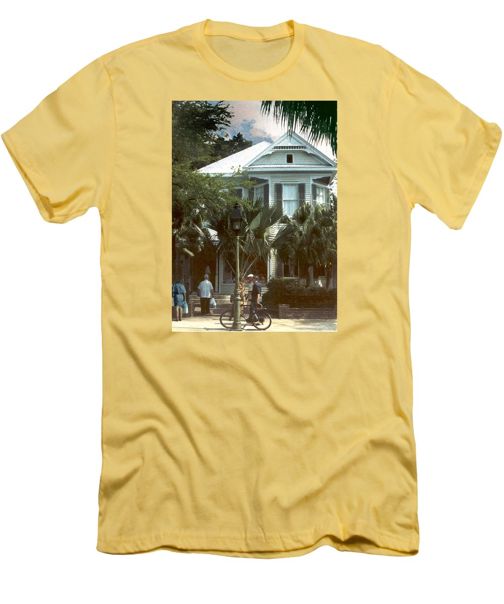 Historic Men's T-Shirt (Athletic Fit) featuring the photograph Keywest by Steve Karol
