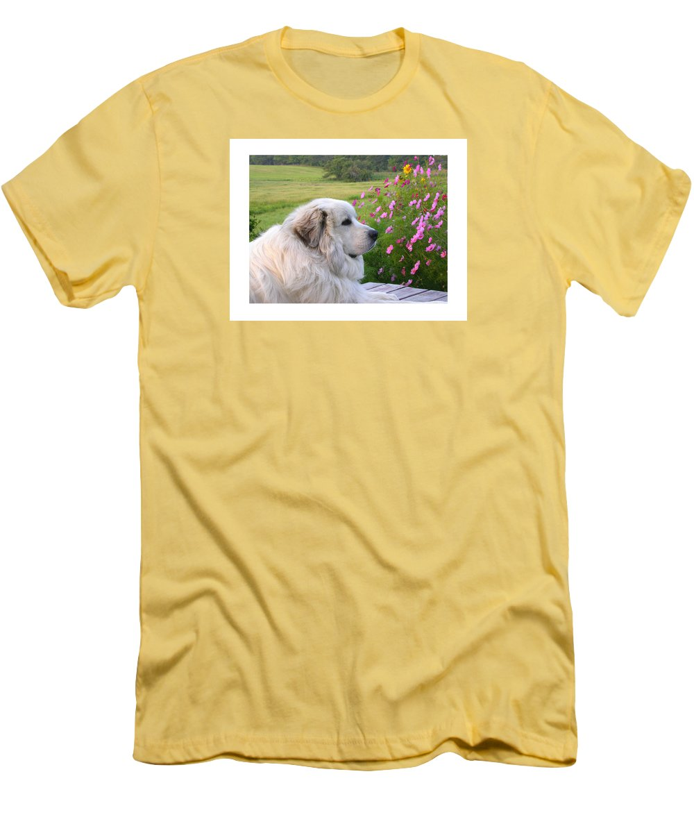 Great Pyrenees Men's T-Shirt (Athletic Fit) featuring the photograph Maurice by Linda Murphy