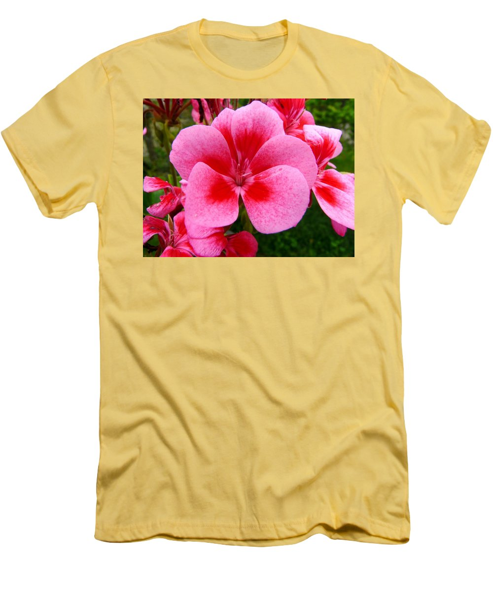 Plant Men's T-Shirt (Athletic Fit) featuring the photograph Pink Geranium Blossom by Valerie Ornstein