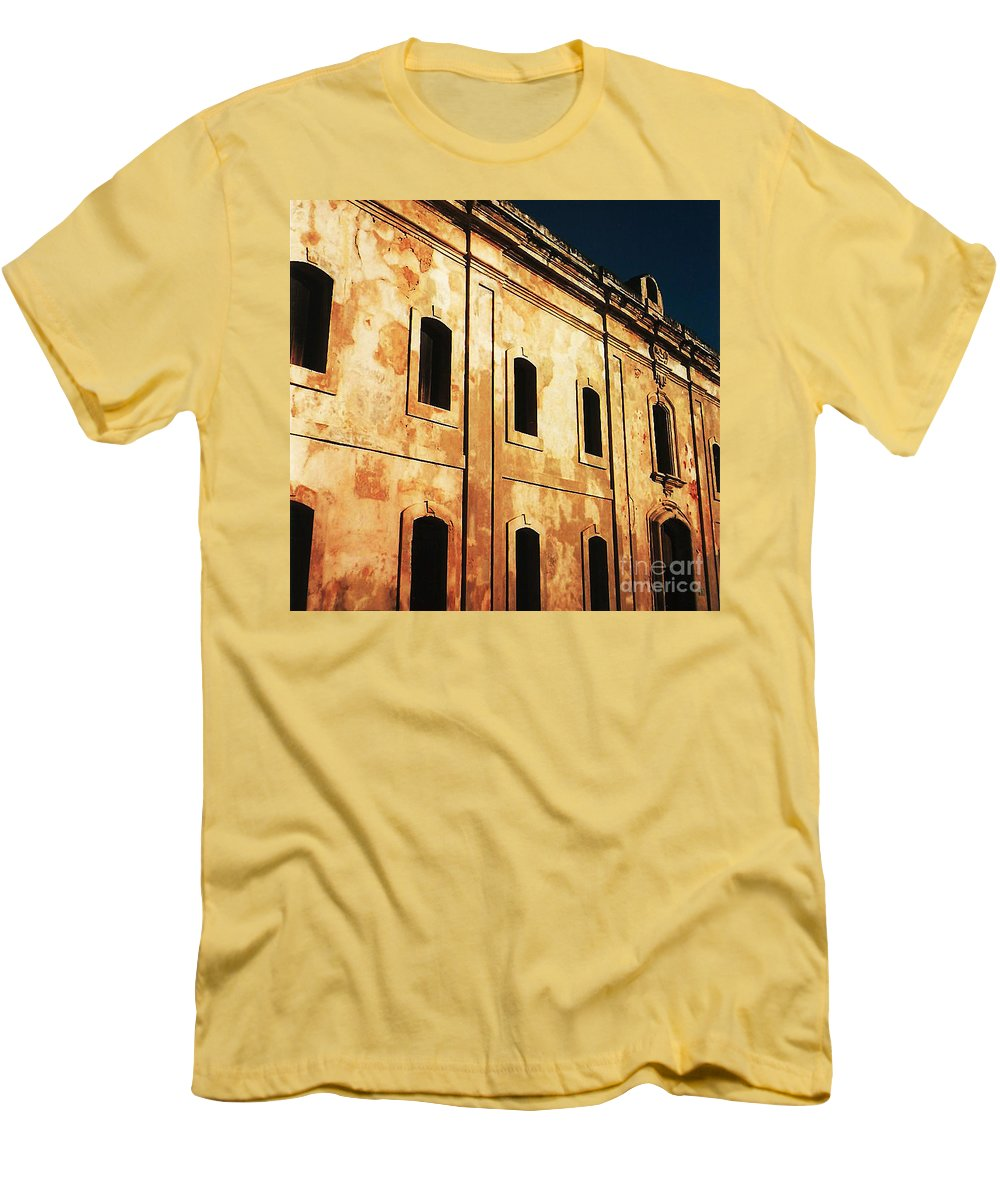 Buildings Men's T-Shirt (Athletic Fit) featuring the photograph Sun Kissed by Jeff Barrett