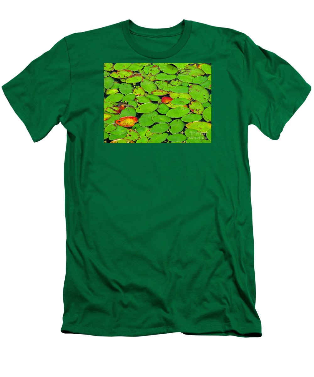 Leaf Men's T-Shirt (Athletic Fit) featuring the photograph Verdant Swamp by Ann Horn