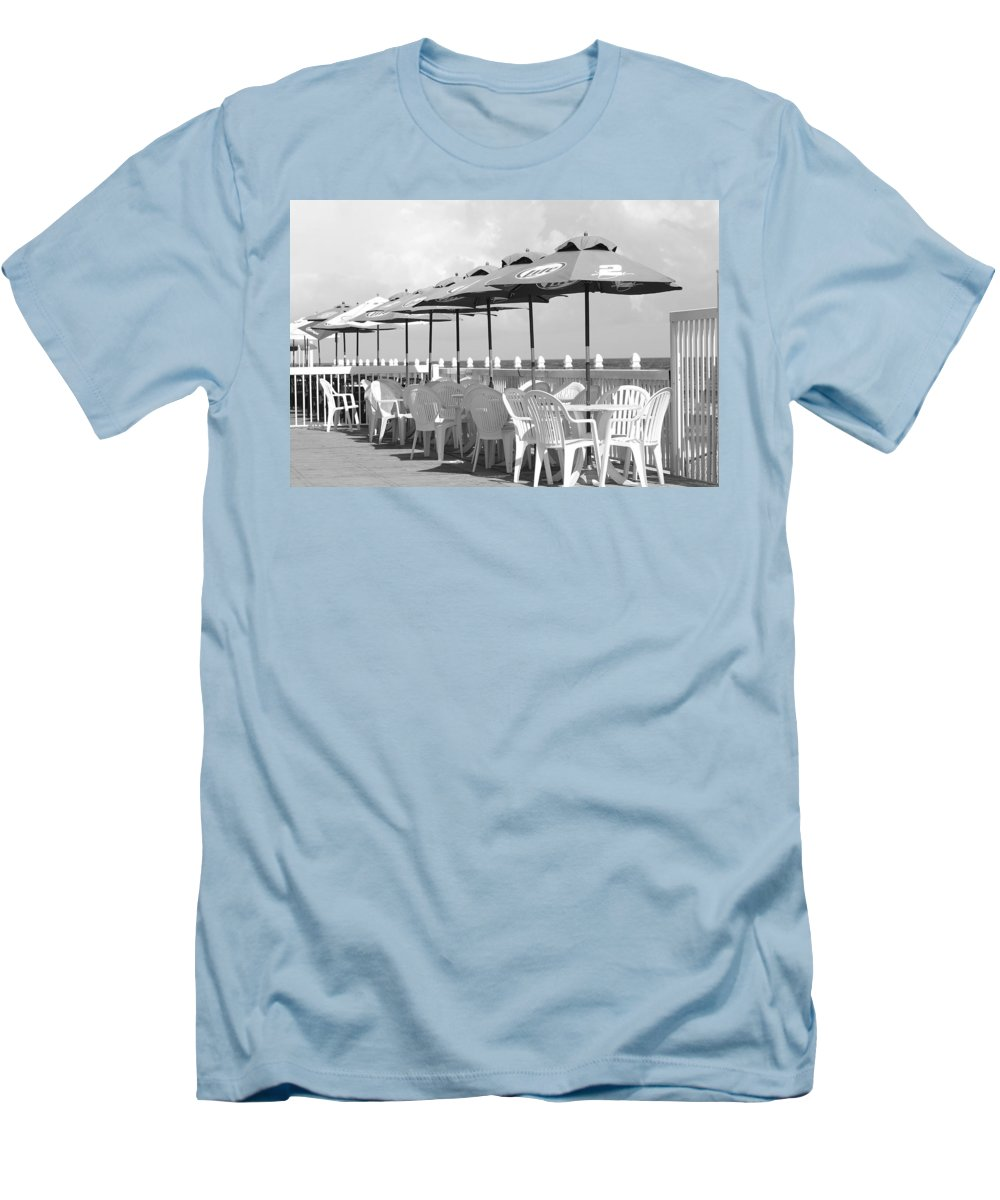 Black And White Men's T-Shirt (Athletic Fit) featuring the photograph Beer Unbrellas by Rob Hans